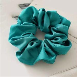 Teal green Scrunchie (brand new)